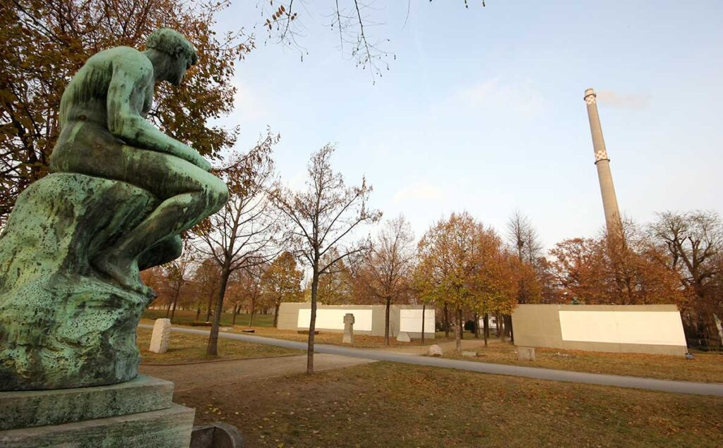 The Berlin Wall cut through public and private spaces. -<em>by SL Wong</em>
