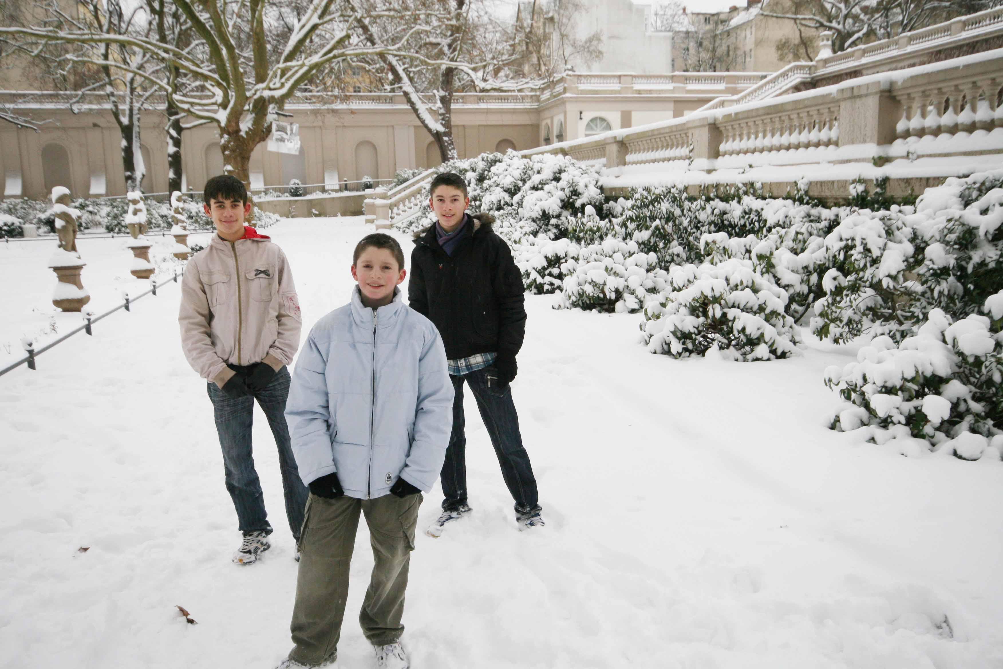 Boys at Körnerpark - by SL Wong
