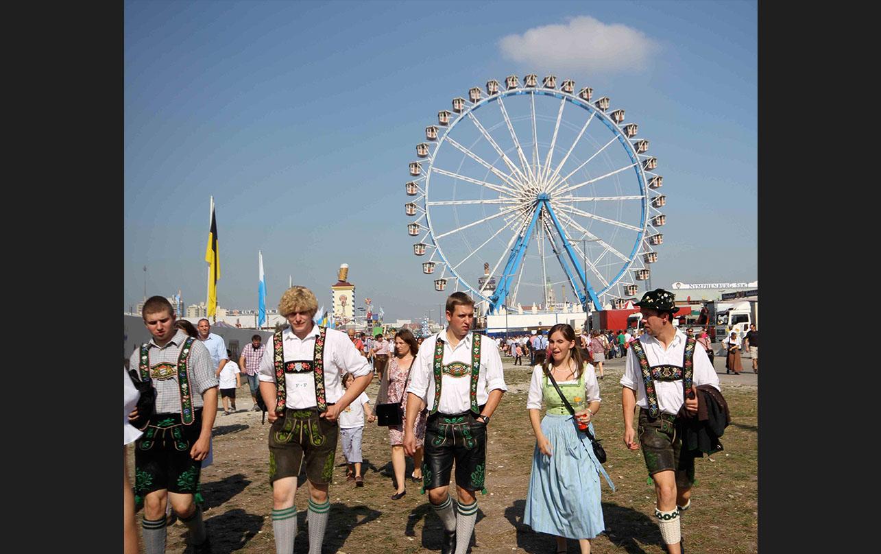The <em>Riesenrad</em> (ferris wheel) has been a feature of the festival since 1880. - <em>by SL Wong</em>
