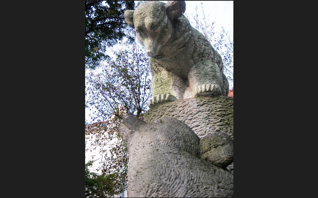 Brown bears are depicted in all forms throughout the city, such as in Prenzlauerberg. - <em>by S.L. Wong</em>